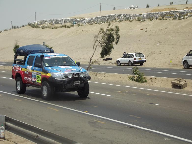 Dakar_2013_Support_oder_Service-Fahrzeug