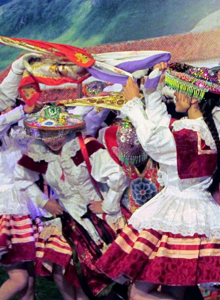 cropped-folklore_valle-sagrado.jpg