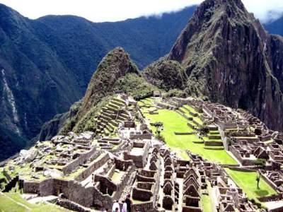 Machu Picchu in Peru das Ziel vieler Reisender und der Wanderer auf dem Inka Trail