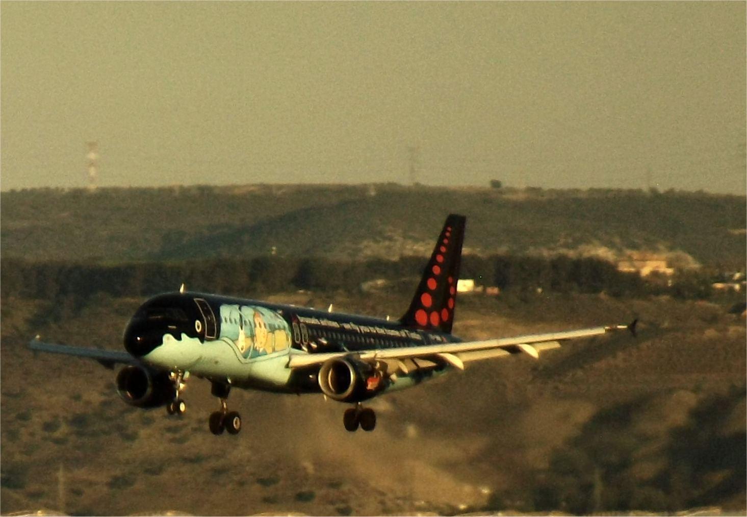Flugzeug Flughafen Madrid