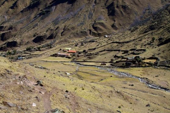Cancha Cancha auf Lares Trail. Bildquelle unten.