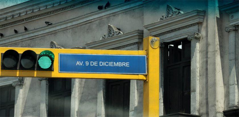 Architektur und Verkehr in Lima.