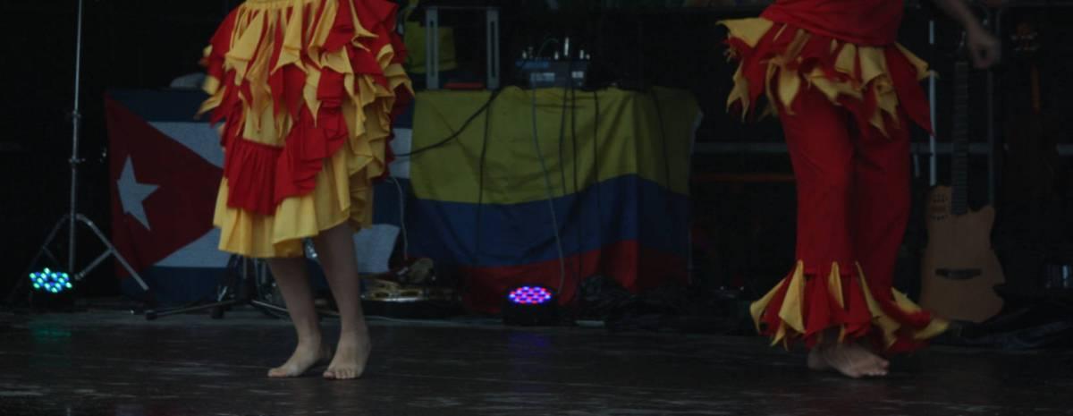 Lateinamerikanische Kostüme.